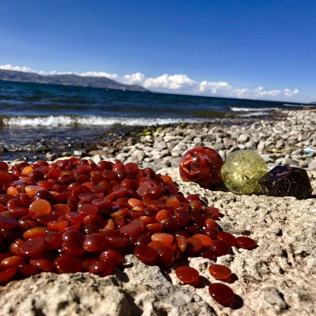 Carnelian Stones Soak up the energy of Lake Titicaca. The Sacral Chakra Point of the Earth.